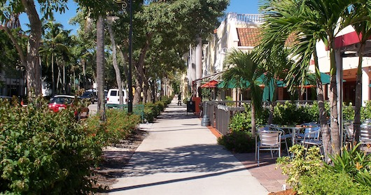 fifth-ave-shops-in-naples-florida-2